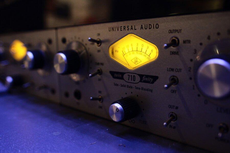 Hi-end audio Microphone preamp